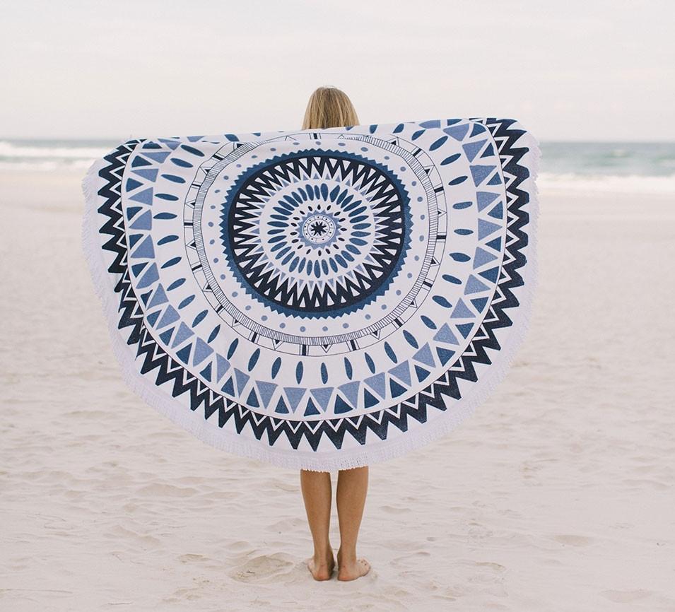 marjorelle-4-the-beach-people-955x866_c