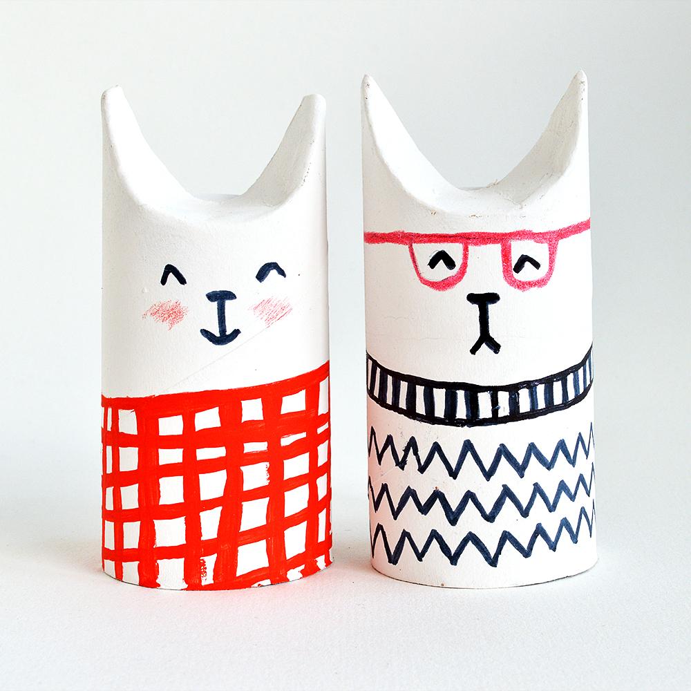 koty-toilet-roll-cats-CG
