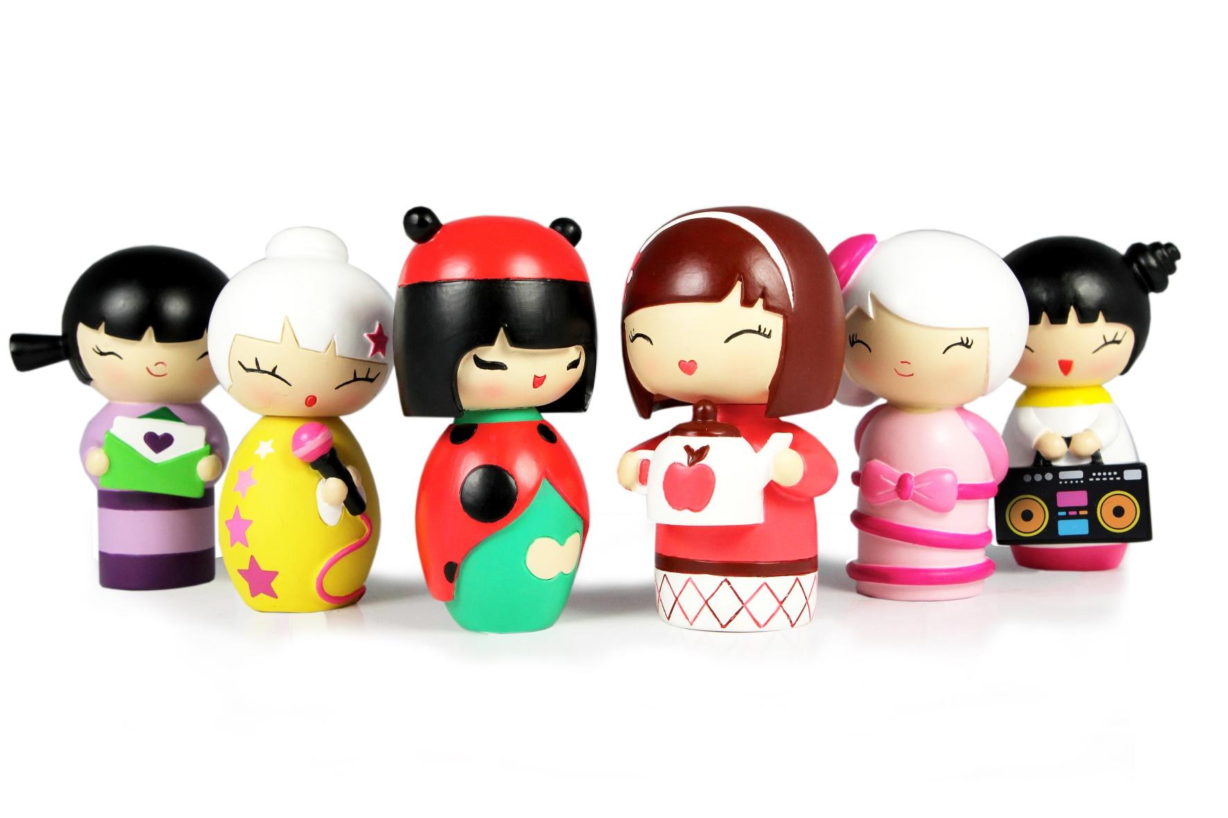lale-momiji-celebrations-dolls-1